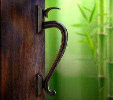 What is Good Feng Shui for Your Front Door?